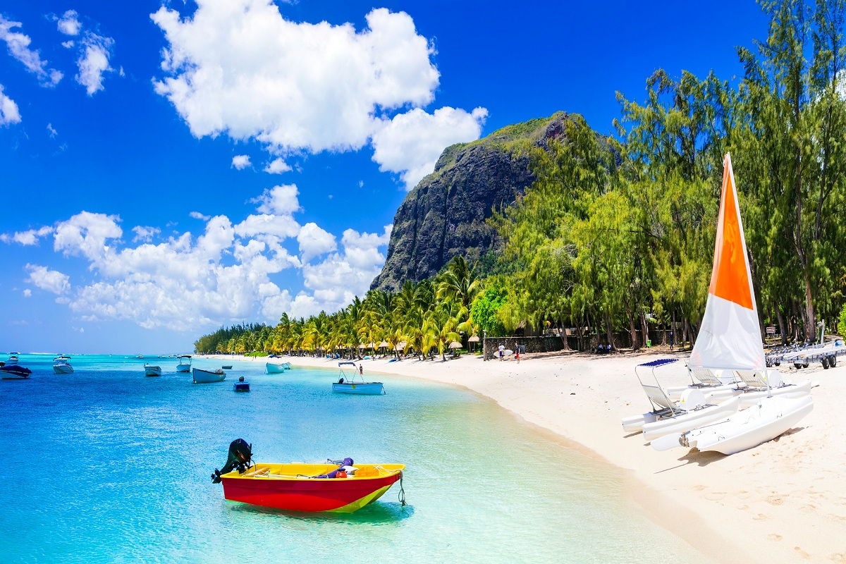Image result for Things to do in Mauritius along with speedboat trip Mauritius