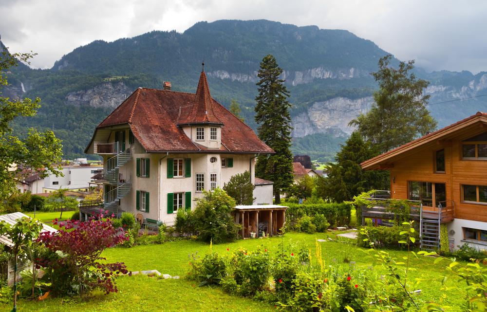 قرى سويسرا .. اكتشف جنات زمردية ساحرة على الأراضي ...