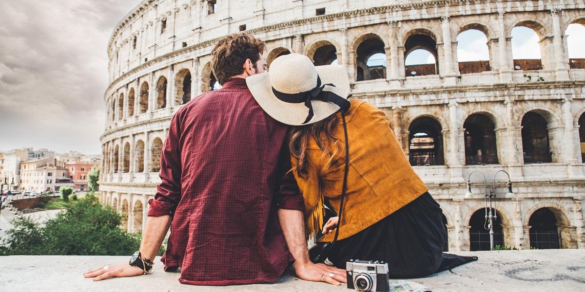 Love & Travel - 10 Quotes for Hopeless Romantics - Rehlat In